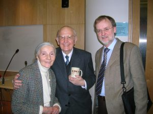 Founding member, Larry Hurtado, presents an official EHCC mug to Professor Martin Hengel (seen here with his wife)